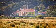 The Victoria Inn, Holkham, 10 minutes drive from our #hencamp http://www.2posh2pitch.co.uk/