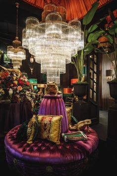 Interior Inspiration, Room Inspiration, Interior Ideas, Maximalist Interior, Glamour Decor, Interior Decorating, Interior Design, Dark Interiors, Deco Design