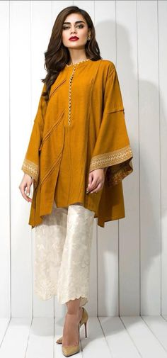 Want this colours Simple Pakistani Dresses, Pakistani Fashion Casual, Pakistani Dress Design, Pakistani Outfits, Indian Outfits, Indian Fashion, Stylish Dresses, Simple Dresses, Casual Dresses