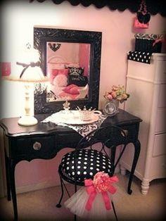 zimmer in paris style spiegel schwarz rahmen