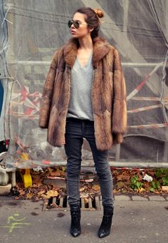 Fur coat Find a great fur coat in Toronto - visit the Yukon Fur Co. at http://yukonfur.com