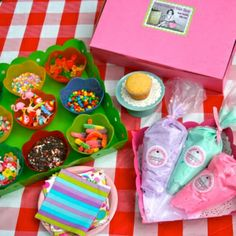 Decorate Your Own Cupcake Party | NEW....Decorate-Your-Own Cupcake Parties!