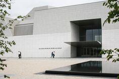 Fumihiko Maki (ft. Moriyama & Teshima Architects) --> The Aga Khan Museum