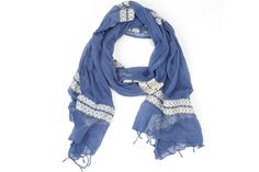 #GIFT IDEA: For Valentine's day, try this @livefashionable scarf that creates opportunities for women in #Africa