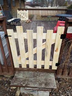 Unfinished picket style baby or pet gate image 0 Diy Dog Gate, Diy Gate, Diy Fence, Pallet Gate, Porch Gate, Baby Gates, Fence Design, Backyard Landscaping, Backyard Ideas