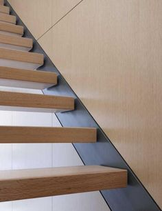recessed flush steel stringer + floating treads | stair design {claremont house by brininstool + lynch}