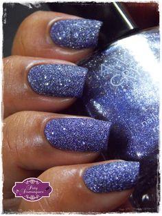 Roxo Crystal - Avon  #avon #esmaltadasdapatydomingues #liquidsand