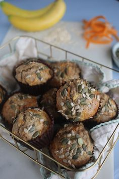 These healthy breakfast muffins are deliciously sweet and full of lots of wholesome ingredients to get your day started. These are moist, chewy, and not overly dense. What I love about these muffins i Whole Food Recipes, Cooking Recipes, Healthy Recipes, Healthy Food, Natural Born Feeder, Come Dine With Me, Healthy Breakfast Muffins, Bread Rolls, A Food