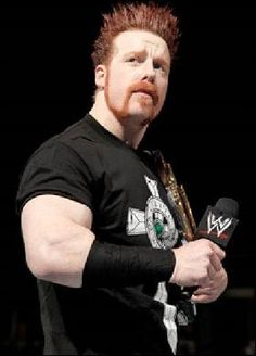 Sheamus my favorite wrestler! Men's Wrestling, Watch Wrestling, Wrestling Superstars, Wwe Sheamus, Wwe Pictures, Redhead Men, Brother From Another Mother, Celtic Warriors, Wwe Wrestlers