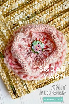 Use your scrap yarn to knit sweet little flowers!