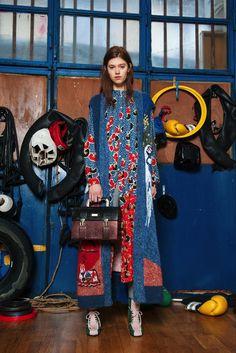 Sfilata Stella Jean Milano - Collezioni Autunno Inverno 2017-18 - Vogue