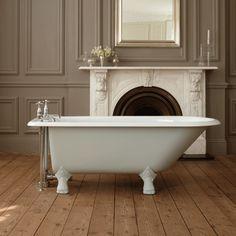 Freestanding bathtubs by Drummonds - stylish bathroom furniture - Home Decoration Vintage Bathrooms, Chic Bathrooms, Bathroom Styling, Bathroom Interior Design, Room Wall Tiles, Cheap Baths, Claw Foot Bath, Cast Iron Bathtub, Roll Top Bath