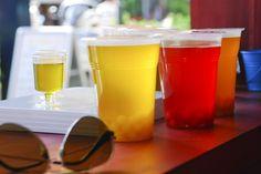 Bubble Tea, Pint Glass, Bubbles, Beer, Lady, Tableware, Root Beer, Ale, Dinnerware