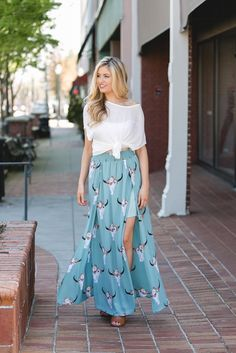 Get the perfect blend of all your style favorites with the Western Wonders Printed Maxi Skirt in Dusty Sage! This flyaway maxi skirt features an elastic waistline, trendy bull skull print throughout,