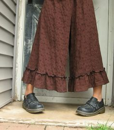 to say i love these is an understatement :: Brown Eyelet Ruffle Bloomers M. Sarah Clemens on Etsy.