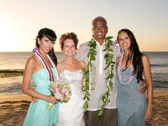 Every bride has dream to get married at Hawaii so Hawaii Wedding Photographer and Hawaii Beach Weddings is giving you the opportunity to full fill your Hawaii weddings dream with us.