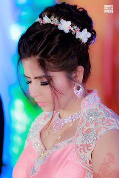 "Cinematic wedding movies ""Portfolio"" album - Bridal Hairstyle for Long Hair Bridal Wedding Hairstyle, Mehendi Hairstyle. Indian Bridal Hairstyles, Bun Hairstyles, Bridal Hair Buns, Wedding Movies, Hairstyle Wedding, Mehendi, Hair Ideas, Eye Makeup, Wedding Photography"