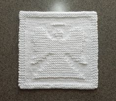 This is a knitting pattern for an ANGEL dishcloth or wash cloth. PDF format.
