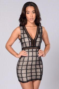 Sundaze Dress - Black