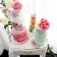 Trio of cakes for Royal Albert <3 miranda kerr collection
