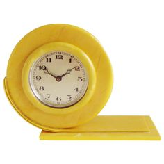 View this item and discover similar for sale at - This beautiful little asymmetrical mechanical English Art Deco shelf clock is fashioned in bright yellow and marbled pearlescent celluloid. The clock is Radios, Art Nouveau, Old Clocks, Vintage Clocks, Antique Clocks, Estilo Art Deco, Art Deco Furniture, Modern Furniture, Art Deco Home