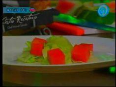 """""""Sección Cocina Teledición Televisa Hermosillo y Chef Manuel Salcido"""" Receta: ensalada de sandía con feta y vinagreta de limón Al aire: 29/mayo/2014 buena vibra!!! #chefcms #teledicion #televisa #hermosillo #receta #ensalada #sandia #eligeestarbiencontigo #feta #vinagreta #limón #cocina http://youtu.be/IefgoLQnFQ8"""