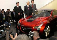 2006 Mazda Kabura concept car. As shown at 2006 NAIAS..