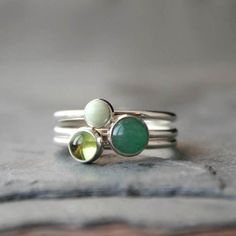 Set of Three Stacking Rings - Peridot Aventurine & Lemon Chrysoprase - Solid Sterling Silver Rings - Round Cabochon Gemstones - Green Gems Bracelets For Men, Silver Bracelets, Silver Jewelry, Silver Stacking Rings, Sterling Silver Rings, Jewelry Website, Green Gemstones, Vintage Engagement Rings, Labradorite