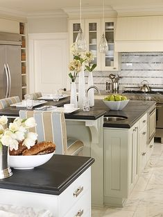 Sarah Richardson Design - West Coast Classic - Kitchen