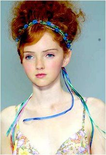 Lily Cole as Maura? Only curvier.