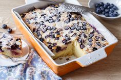 PROŠÍVANÁ BORŮVKOVÁ BUCHTA - Inspirace od decoDoma Acai Bowl, Cereal, Muffins, Oatmeal, Cheesecake, Food And Drink, Treats, Baking, Breakfast