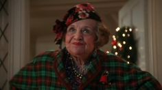 """-""""is your house on fire, Clark?""""  -""""no Aunt Bethany, those are Christmas lights.""""  <3 national lampoons Christmas Vacation"""