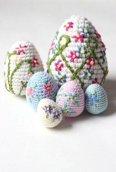 Am I too early for Easter shenanigans? Eh, I don't think so. Do you remember the pretty little crochet Easter eggs from a couple of years ago? They've gone and got themselves some new m…