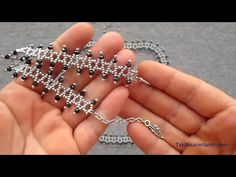 Kibar Bileklik Ve Kolye Yapımı - YouTube Beading Tutorials, Beading Patterns, Beaded Bracelets Tutorial, Beaded Ornaments, Bead Weaving, Beaded Jewelry, Diamond Earrings, Jewelry Making, Pendant
