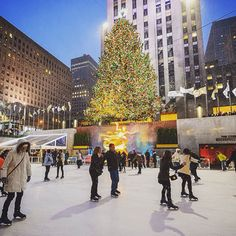 my dream. to experience christmastime in new york and go ice skating at rockefeller center. {in a really cute coat!} #day26 #onedayleft #emstagram #nyc #someday