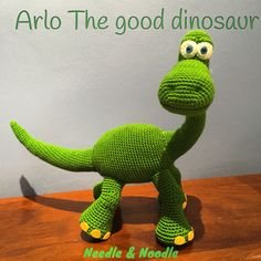 This is not a finished soft toy, it is the pattern to do it yourself using the amigurumi crochet technique, medium difficulty level. Spot is the Toys Patterns spanish Pattern Arlo, Disney Pixar's The Good Dinosaur, Amigurumi Crochet Cute Crochet, Crochet For Kids, Crochet Crafts, Crochet Baby, Crochet Projects, Unique Crochet, Arlo Disney, Disney Pixar, Disney Movies
