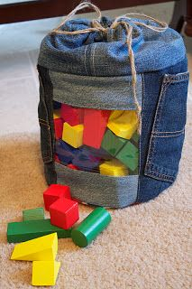Upcycled / recycled denim drawstring toy tote bag with vinyl window. Great detailed tutorial!