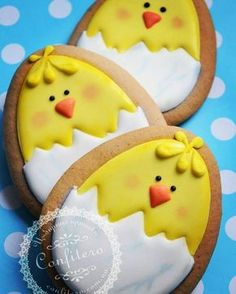 New Cupcakes Easter Ideas Ideas Fancy Cookies, Iced Cookies, Holiday Cookies, Cupcake Cookies, Sugar Cookies, Easter Cupcakes, Easter Cookies, Easter Treats, Easter Biscuits