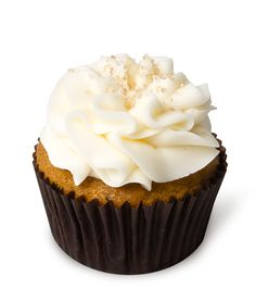 Pumpkin Cream Cheese – Our signature pumpkin cupcake topped with rich cream cheese frosting and sprinkled with organic raw sugar.