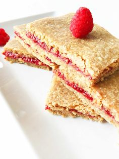 These amazing PB&J Oat Bars make for a perfect snack, an addition to a lunchbox, or even as breakfast; which is how I've been enjoying them all week long!  These yummy PB&J Oat Bars are almost as versatile as the oats. Feel free to swap out the raspberry for any other berry or fruit that...