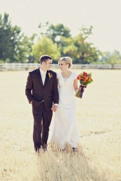 Bride and Groom in Springville, Utah | Stephanie Sunderland Photography | TheKnot.com