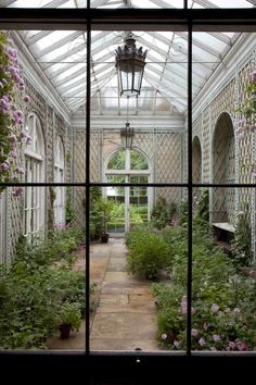 Conservatory thefullerview:  (via Pinterest)