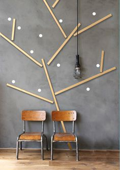 Here's a simple graphic and textural wall decor idea that can be done with removable ashes ice strips should you change your mind.  Not that its effect really works better with a deeper toned background.  The natural would could also be painted the same color of the wall for a more subtle effect. Christopher Lowell