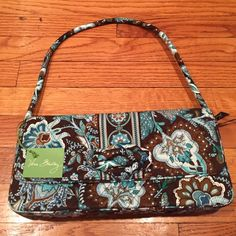 Vera Bradley Knot Just a Clutch Java Blue Beautiful clutch with a knotted design front. From flap magnetic closure. Zippered inside pocket. 2 slot inside pockets. Vera Bradley Bags Clutches & Wristlets