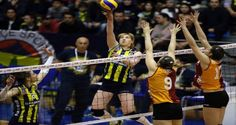 Bayanlar Voleybol 1. Lig'de 22. ve normal sezonun son hafta maçında Fenerbahçe, Galatasaray Daıkın'ı 3-0 yenerek, ligi lider tamamladı.