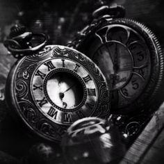 edit, grunge, dark, old, time, clock, analogue clock, stopwatch, roman numerals, victorian,