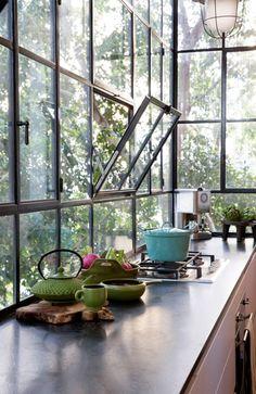 metal framed tilt windows
