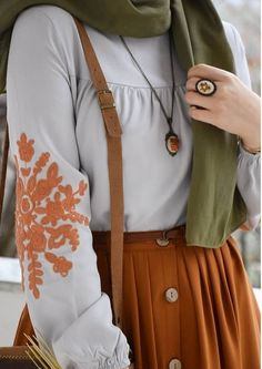 - Source by Imsalma - Modest Fashion Hijab, Hijab Style Dress, Modern Hijab Fashion, Casual Hijab Outfit, Islamic Fashion, Hijab Chic, Muslim Fashion, Skirt Fashion, Fashion Dresses