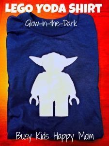 DIY Glow-in-the-Dark Yoda Shirt perfect for the new Star Wars movie! DIY Glow-in-the-Dark Yoda Shirt perfect for the new Star Wars movie! Lego Activities, Indoor Activities For Kids, Fun Activities For Kids, Star Wars Film, Lego Shirts, Crafts For Boys, Kid Crafts, Disney Crafts, Happy Mom