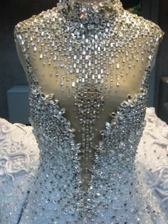 by Michael Cinco Stunning. Not that I could wear it or have anywhere I would but a girl can dream right?